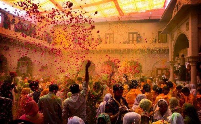 Холи – самый яркий праздник мира (10 фото)