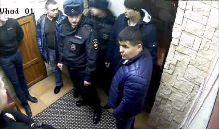 """Ментовский беспредел в ресторане """"Семь ПятниЦ"""" (видео)"""