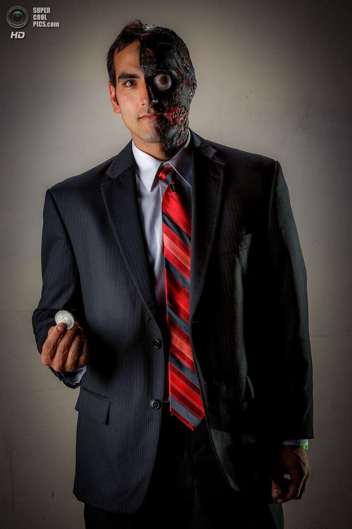 Лица и костюмы «Мунфеста»