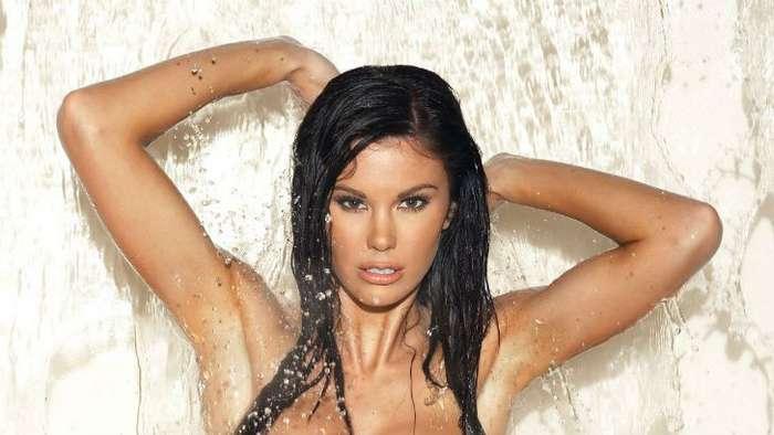 Самые горячие девушки января за всю историю журнала Playboy