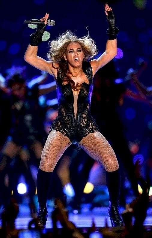 10 самых забавных битв фотошопа с фотографиями знаменитостей