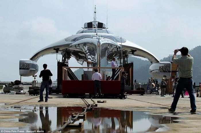 Adastra - катамаран класса люкс спущен на воду в Китае