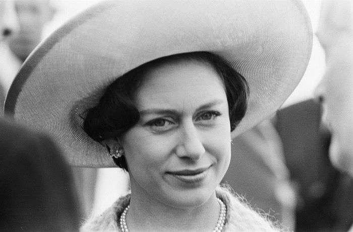 10 интересных фактов из биографии «запасной принцессы» Маргарет, младшей сестры Елизаветы II