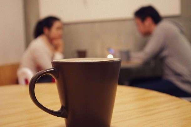 10 вежливых способов прекратить неинтересный разговор