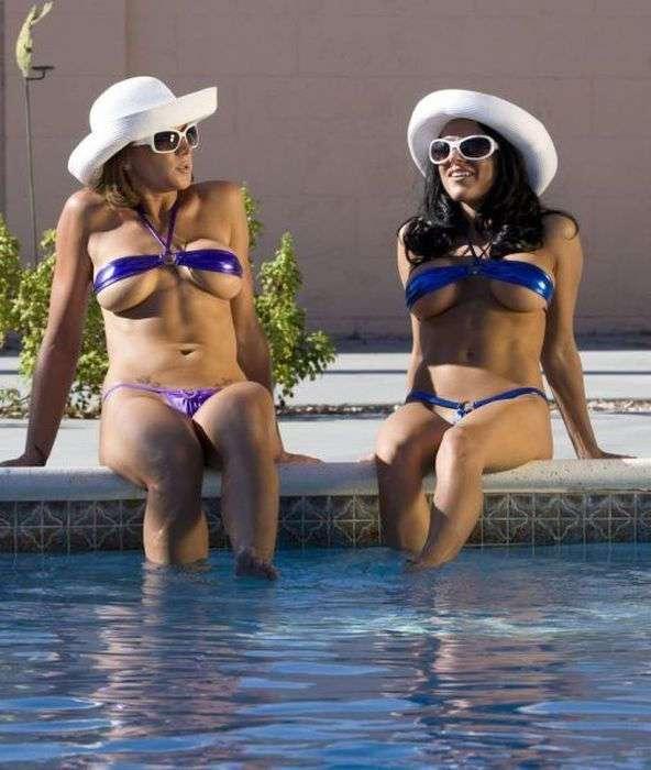 Подборка сексуальных девушек с красивыми фигурами в бикини