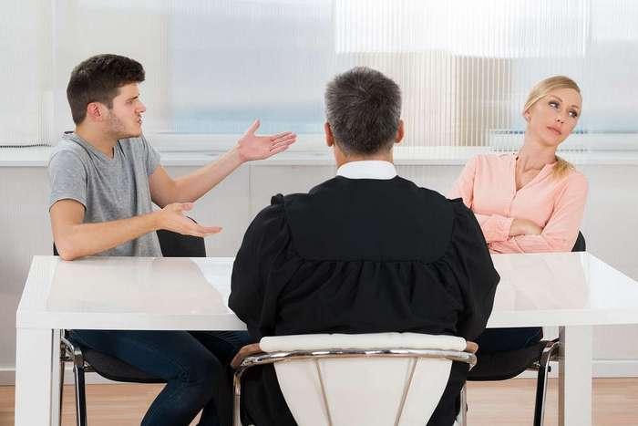 Супруги больше не обязаны выплачивать долги друг друга