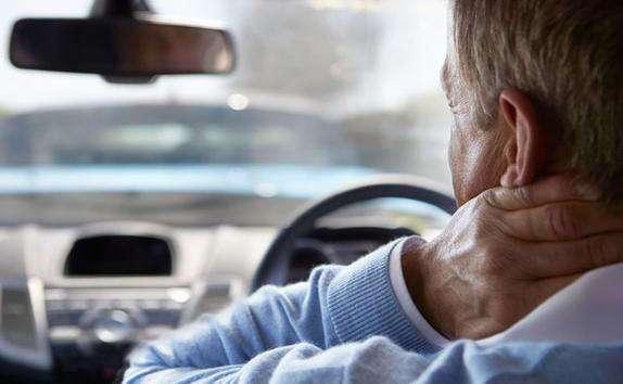 Как избежать боли в спине при вождении автомобиля