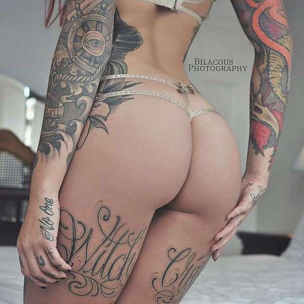Татуированная модель Cervena Fox