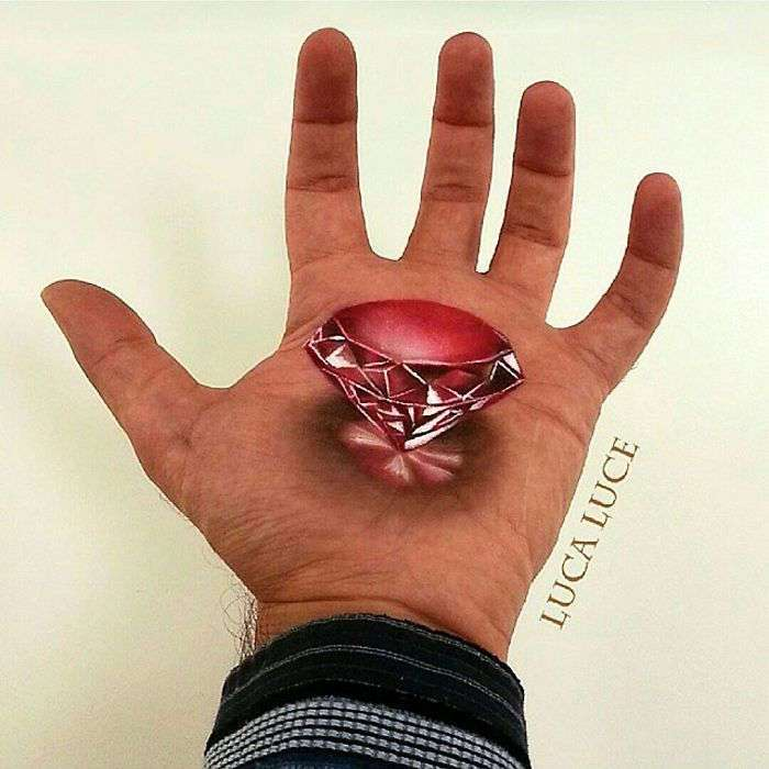 3D-рисунки на ладони Luca Luce (35 фото)