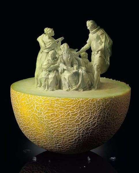 Скульптуры из овощей.