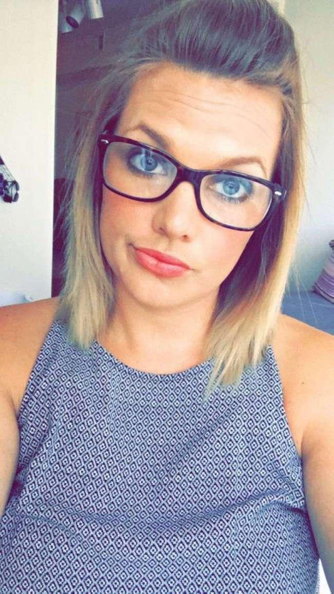 Девушки в очках - это сексуально!