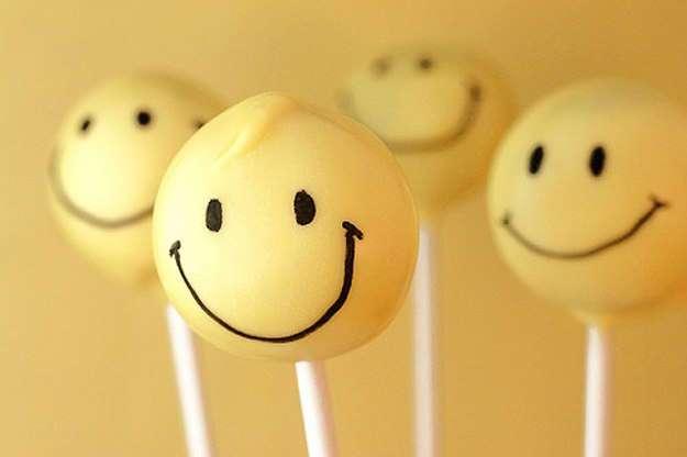 От улыбки станет всем теплей...