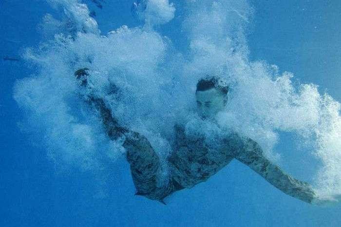 17 фотографий, которые показывают подготовку военных к выживанию на воде