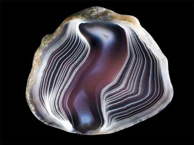 24 фотографии удивительных камней и минералов, найденных в разных концах света