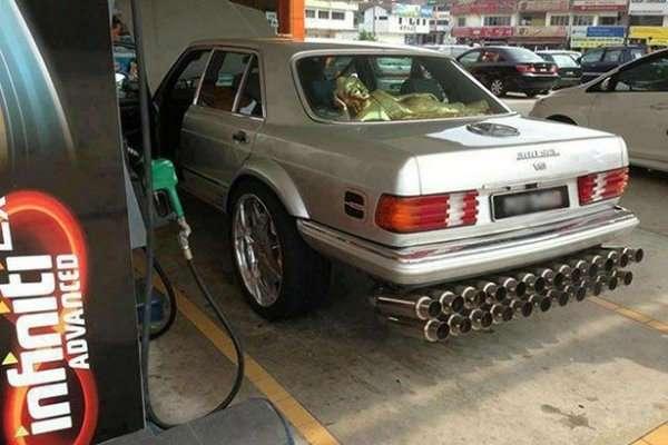 Очень странный тюнинг автомобилей