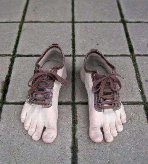 Анатомическая одежда и обувь