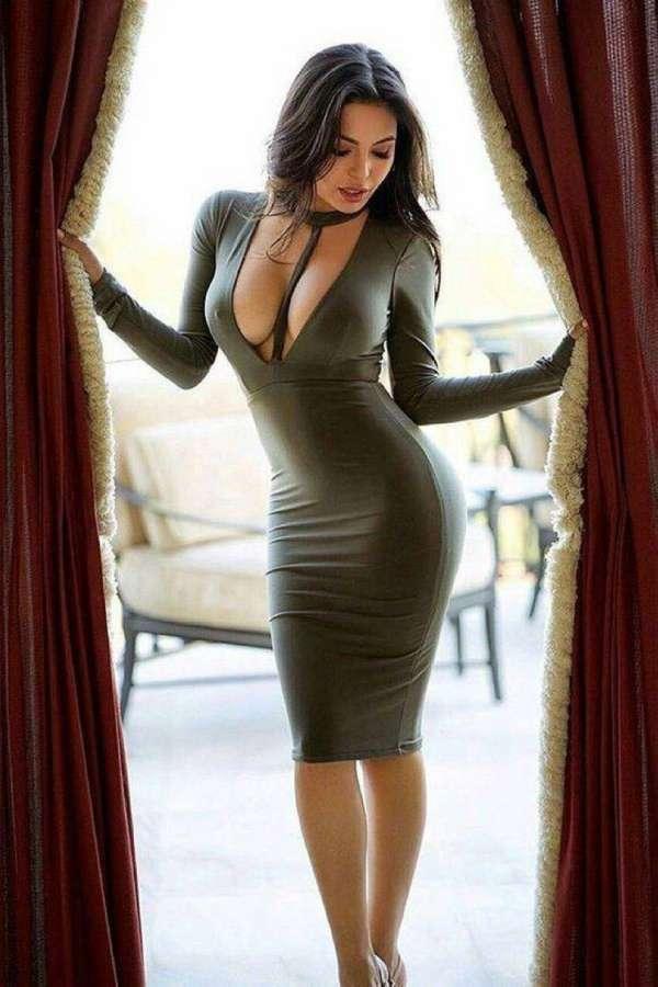 Девушки в правильных платьях