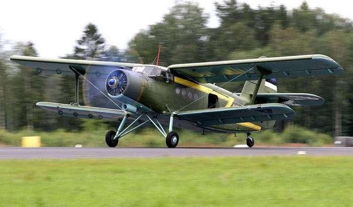 Ан-2: биплан, который умеет летать хвостом вперед