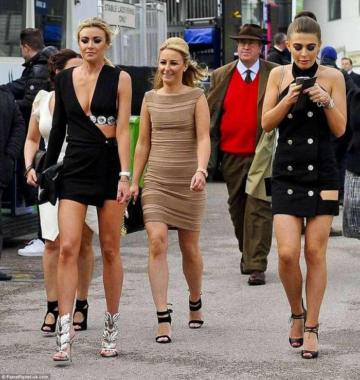 Английские леди на скачках такие леди