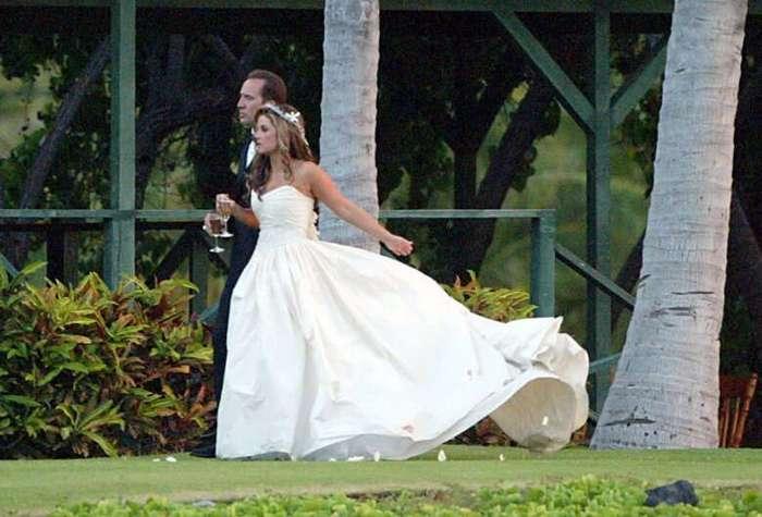 10 самых коротких браков звезд