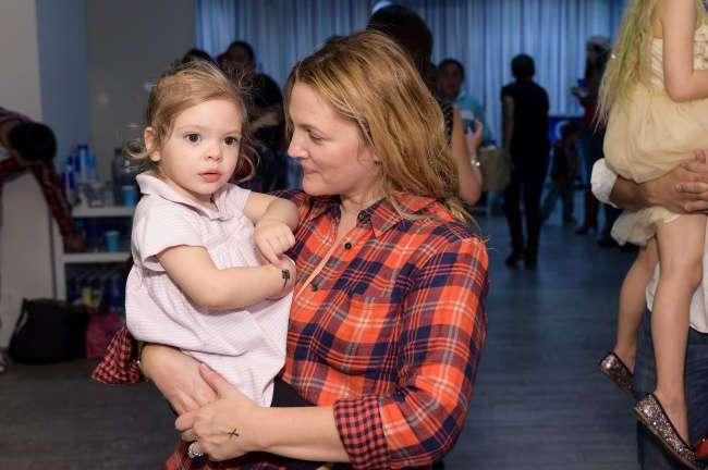 15 звезд, из которых получились отличные мамы