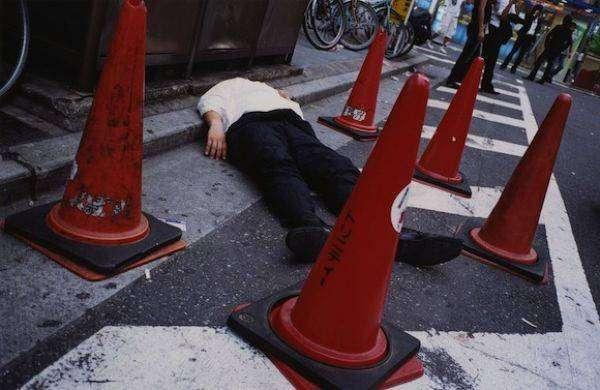 Как японские трудяги отмечают день зарплаты