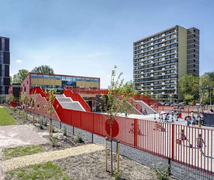 Детский центр в Амстердаме