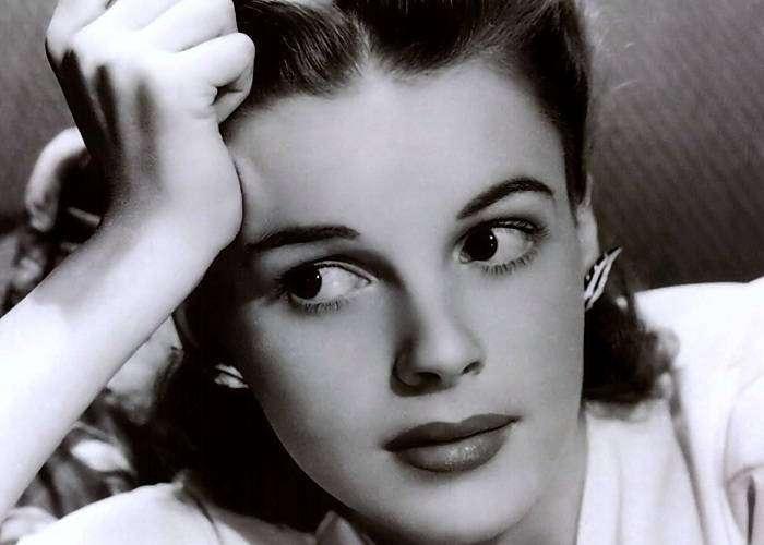 Джуди Гарленд – девочка, «затерявшаяся» в волшебной стране Оз