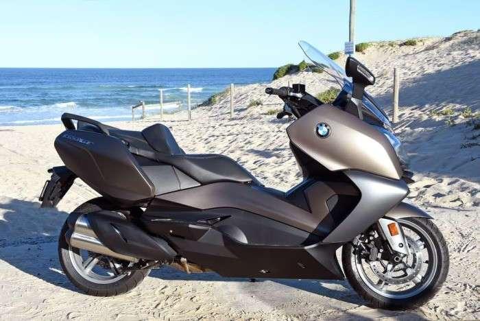 Компания BMW порадовала скутерами нового поколения