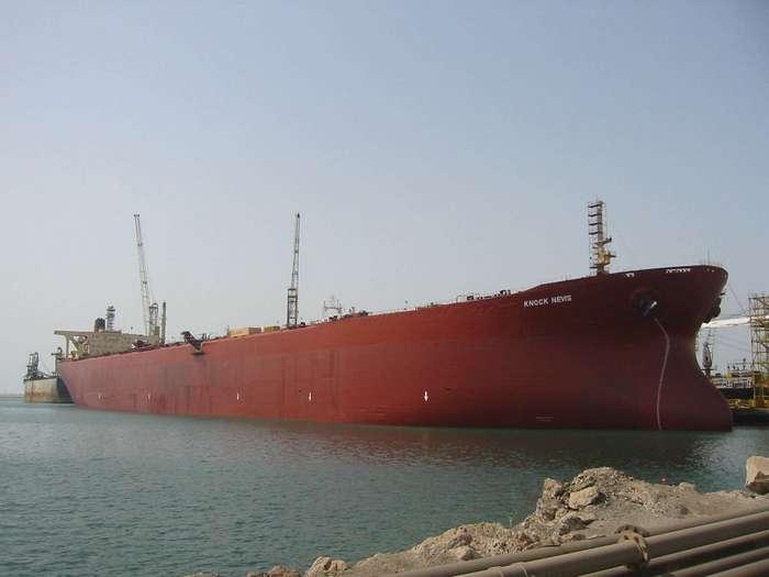 Нефтеналивной супертанкер «Knock Nevis» самый большой корабль в мире