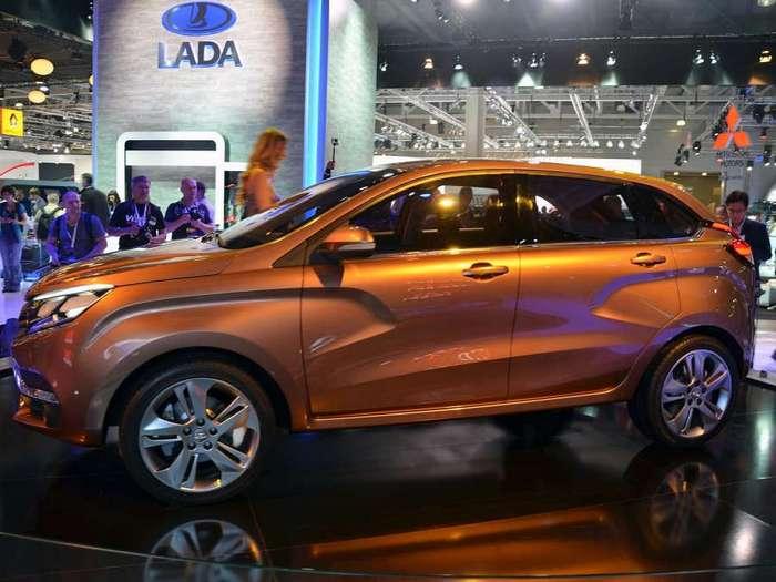 Самый мощный Lada Xray представят уже в ноябре