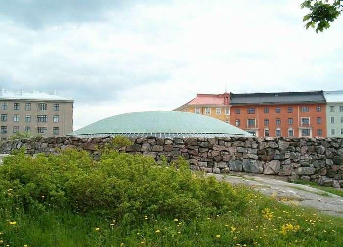 Храм Темппелиаукио – самая посещаемая церковь в Финляндии