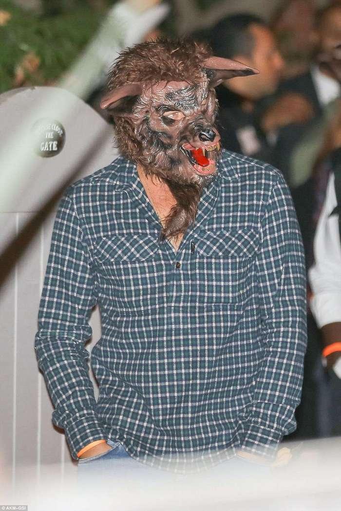 Самые дерзкие костюмы знаменитостей на вечеринках в честь Хеллоуина