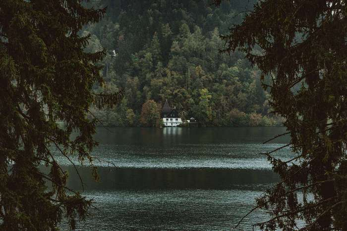 Дыхание Хеллоуина: мистические пейзажи Словении