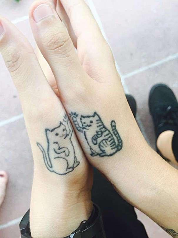 55 идей парных татуировок для лучших друзей