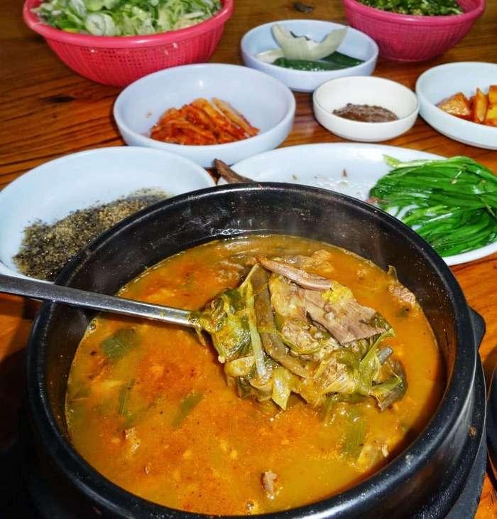 15 примеров самой неаппетитной еды из разных уголков мира