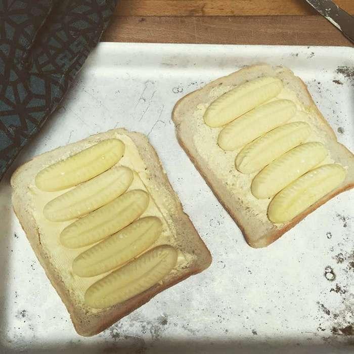 Пользователи Сети полюбили ироничный аккаунт противницы правильного питания
