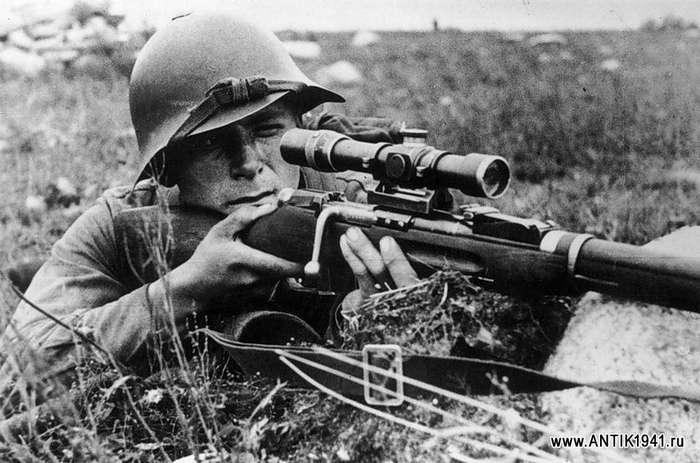 Михаил Сурков: снайпер, 702 убитых