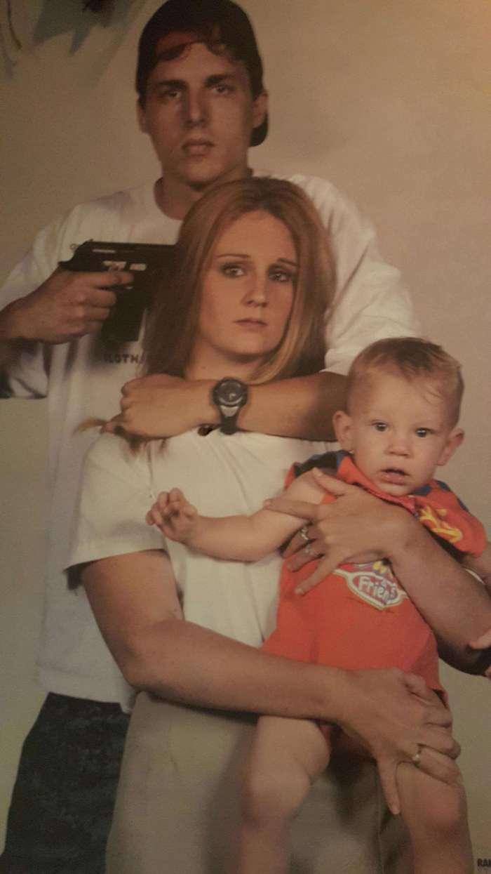 10 по-настоящему жутких семейных фото