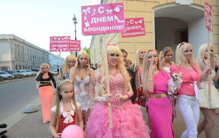 Парад блондинок в Питере