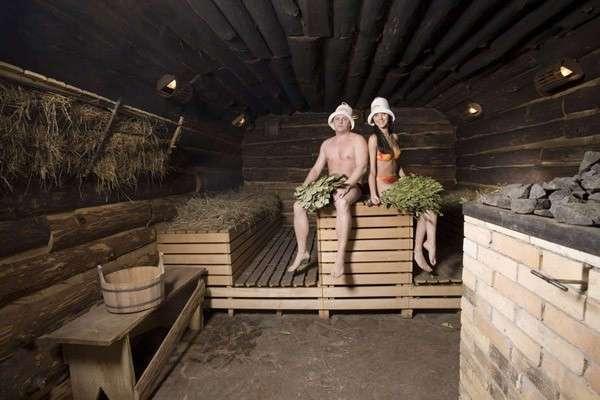 seks-v-russkoy-bane-domashnee