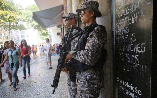 Обстановочка: 9 безумных фотографий из Рио