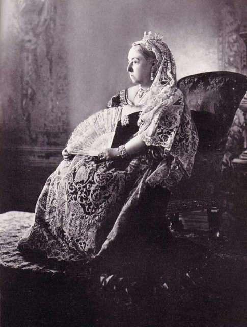 Свадебное платье королевы Виктории, кардинально изменившее свадебную моду