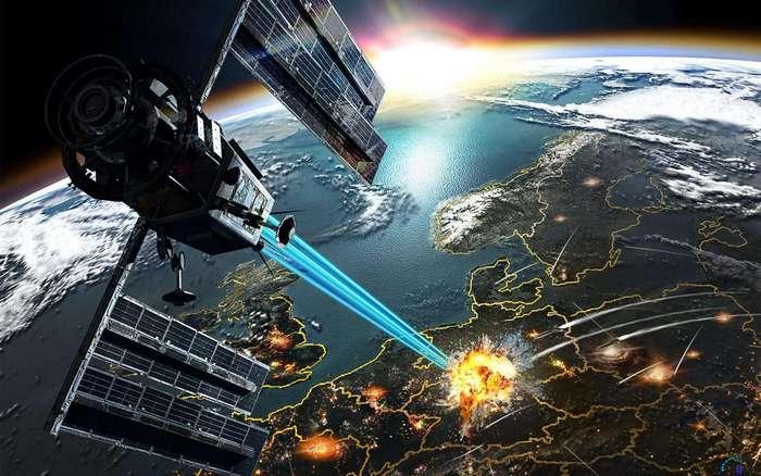 Опасные военные маневры на орбите.
