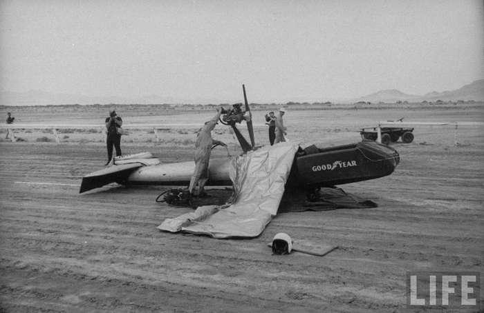Резиновый самолет Goodyear Inflatoplane