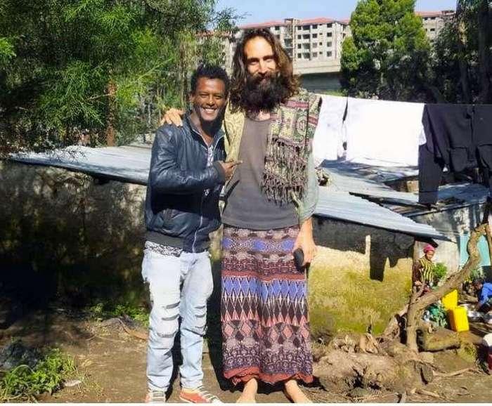Его предлагают распять: «Я не Иисус, а просто парень с длинными волосами»