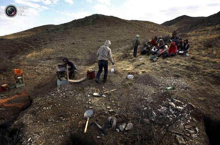 Как в Монголии добывают золото