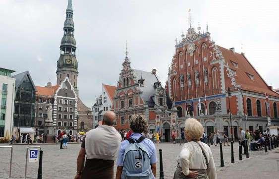 Русские имена в Латвии запретят осенью «для включения личности в общество»