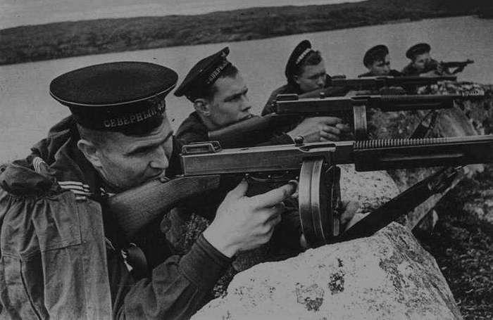 СВОЙ СРЕДИ ЧУЖИХ. ВОЕВАЛ ЛИ «ГАНГСТЕР» В СССР?