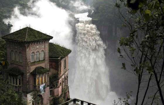 18 самых красивых заброшенных мест, которые будоражат воображение